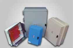 Gabinetes plásticos para instalaciones eléctricas