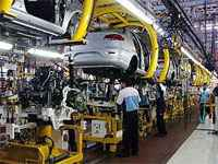 Brasil restringe importación de vehículos argentinos