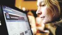 Mujeres online: con Internet contra el reloj